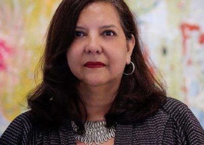 Pilar Perez: Vocal